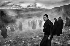 Laurent Zylberman, A Journey in Tibet, Monks after a ceremony at the end of their spiritual retreat, 2008, Sous Les Etoiles Gallery