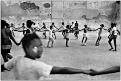 Ernesto Bazan, Cuba, Sous Les Etoiles Gallery, Bazan, girls, holding hands, Havana, Special Period
