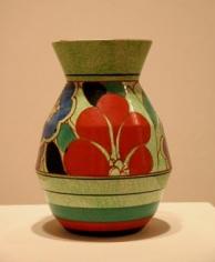 Red Gardenia cafe-au-lait vase shape 360
