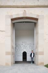 Installation view: Jeppe Hein, Your Way, Château La Coste, Le Puy-Sainte-Réparade, 2017