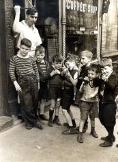 Helen Levitt NYC 1937