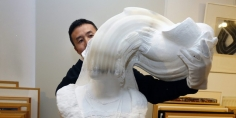 Culture Box | Li Hongbo's impressive paper sculptures exhibited in Angoulême