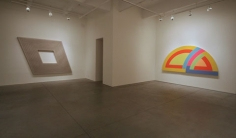 FRANK STELLA: Works on canvas from the '60s, Van de Weghe Fine Art