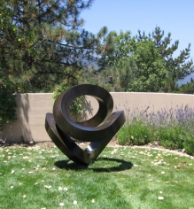 BERRY_Roger_Coeur_Silicon-bronze-with-patina_5ft-dia
