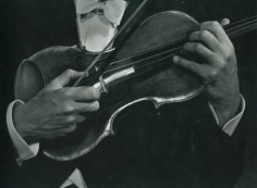 Jascha Heifetz (hands)