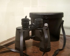 Elizabeth Bishop's Abercrombie and Fitch binoculars