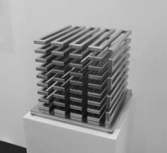 Martin Willing (b. 1958) Hohlstab, dreiachsig, zum Kubus geschlängelt, 2015