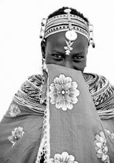 "Lyle Owerko ""Shy Samburu Girl"" Galerie LeRoyer"