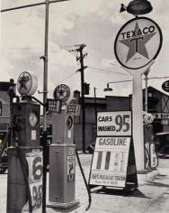 Texaco Station, New York, 1936