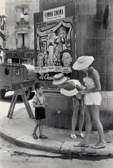 Henri Cartier-Bresson, Arles. 1959.