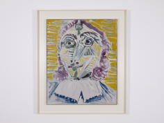 Installation view of Picasso, Mousquetaire. Buste, 1967. It shows a portrait of a Muskeeter depicted with long purple. he face is composed with many white stripes and yellow, green, purple areas. the background is yellow mustard with white and grey horizontal stripe which makes the image very dynamic.