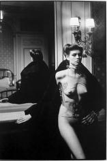 Helmut Newton, Jane Kirby, Avenue Kleber, Paris, 1977
