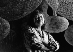 Howard Schatz, Ruth Asawa in her San Francisco studio, August 19, 1990