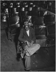 Louise Dahl-Wolfe, Black Man in Bijou Theatre, Nashville, 1932