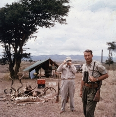 Slim Aarons, Hunter Reggie Destro and Arnold Newman, Nairobi, Kenya, 1960