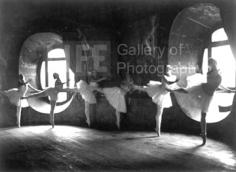 Alfred Eisenstaedt,  Swan Lake Rehearsal, Opera de Paris, 1930