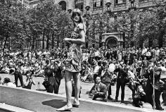Harry Benson, Jean Shrimpton, Bryant Park, 1968