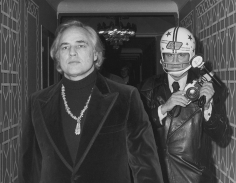 Ron Galella Marlon Brando and Ron Galella photographed by Paul Schmulbach at the Waldorf-Astoria Hotel, New York, November 26, 1974