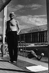 Helmut Newton, David Hockney, Piscine Royale, Paris, France, 1975