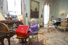 Harry Benson, Queen Elizabeth, Buckingham Palace, London, 2014