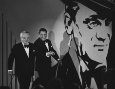 Ron Galella, James Cagney and Frank Sinatra, AFI Salute to James Cagney, Los Angeles, 1974