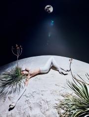 Txema Yeste, Moon, 2017