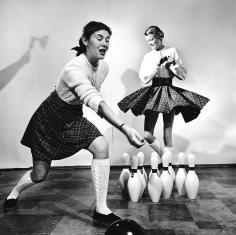 Genevieve Naylor, Fashion Bowling, 1946