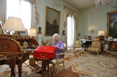 Harry Benson, Queen Elizabeth, Buckingham Palace, London, 2014