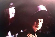 Deborah Turbeville, Selena Blo, Painswick, England, 1993