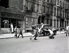 Arthur Leipzig, Stickball, New York, 1950