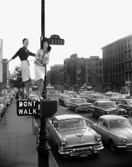 William Helburn, Lamppost, Carmen Dell'Orefice and Betsy Pickering, First Avenue and 23rd Street, Harper's Bazaar, 1958