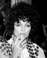 """Ron Galella, Joan Collins, """"The Magic Christian"""" Premiere, Music Hall Theatre, Beverly Hills, 1970"""