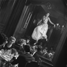 Melvin Sokolsky, Mirror Dance, Paris, 1965