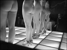 Frank Horvat, Le Sphinx, G, Paris, 1962