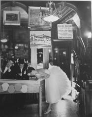 Richard Avedon, Suzy Parker, Café des Beaux Arts, Paris, 1956