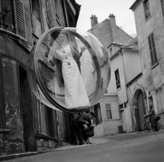 Melvin Sokolsky, Saint Germaine Street, Paris, 1963