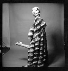 Bert Stern, Marilyn Monroe: From The Last Sitting, 1962 (with fur coat)