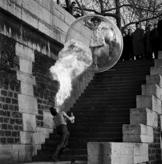 Melvin Sokolsky, Dragon's Breath, Paris, 1963