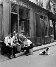 Robert Doisneau, La Famille du Blanchisseur, 1951