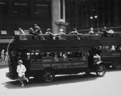 Berenice Abbott, Fifth Avenue Coach Company, New York, 1932