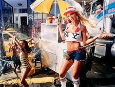 David LaChapelle, Britney Spears, Hot Dog Stand, 2001