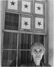 Louise Dahl-Wolfe, Five Star Mother: Elzora Williams, Nashville, Tennessee, 1943