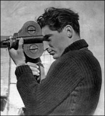 Gerda Taro, Robert Capa Shooting Film During the Spanish Civil War
