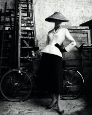 Patrick Demarchelier, Christian Dior Haute Couture, Spring 1947, 2011