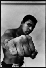 Thomas Hoepker, Muhammad Ali Shows Off His Right Fist, Chicago, Illinois 1966