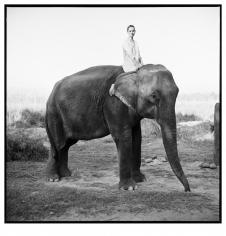 Arthur Elgort, Kate Moss, Nepal, VOGUE UK, 1994