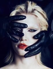 Txema Yeste, Aline and Gloves, 2013