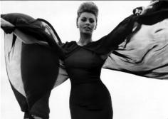 Bert Stern, Sophia Loren, VOGUE, 1962