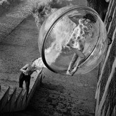 Melvin Sokolsky, Le Dragon, Paris, 1963