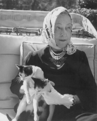 Louise Dahl-Wolfe, Elsie De Wolfe (Lady Mendl), Paris, 1946